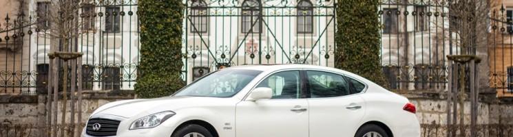 Schnell, schön, sparsam: Premium-Hybrid Infiniti M35h im Test