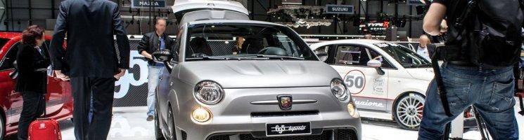 Because Racecar – Abarth 695 biposto mit unsynchronisiertem Getriebe! | Genf 2014