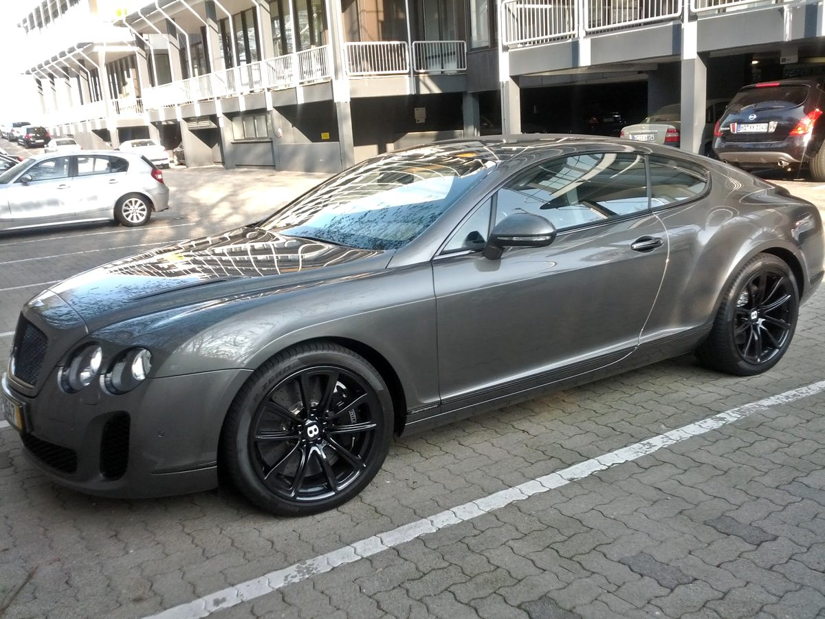 Bentley Continental Supersports Front
