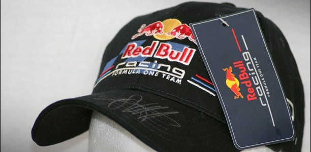 gewinnspiel f r formel 1 fans red bull cap zu gewinnen passion driving. Black Bedroom Furniture Sets. Home Design Ideas