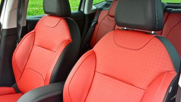 "Citroën C3 ""Red Block"" - Rotes Gummibo.. ähm Ledersitze"