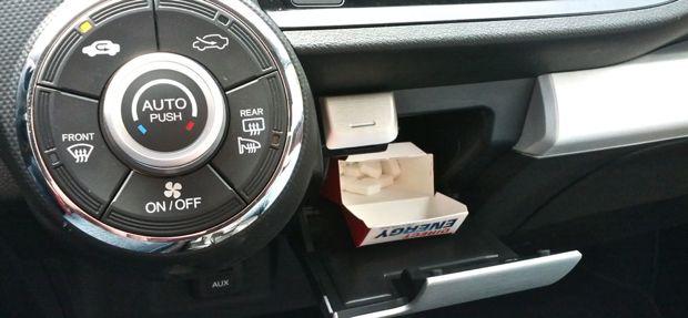 Honda Insight - jetzt mit Klömpschespender