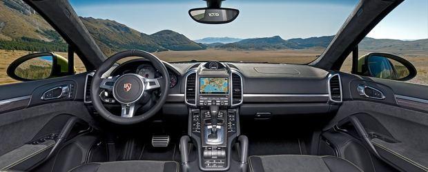 Porsche Cayenne GTS Innenraum