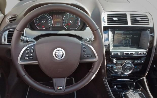 Jaguar XKR Cockpit