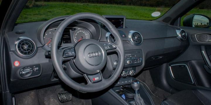 Audi A1 S Line 1.4 TFSI S tronic Innenraum