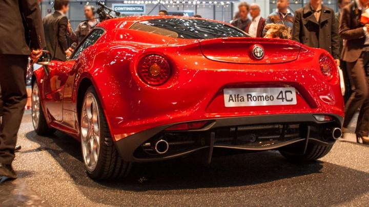 Alfa Romeo 4C in Genf Heckansicht