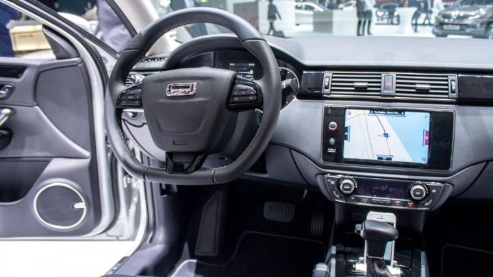 Qoros 3 Sedan, Genf 2013 Innenraum