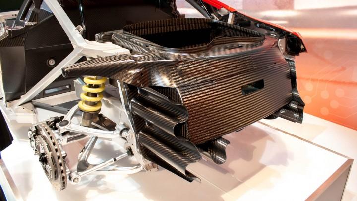Audi R8 e-tron Kofferraumwanne aus Carbon