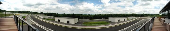 Bilster Berg, Start/Ziel-Gerade Panorama
