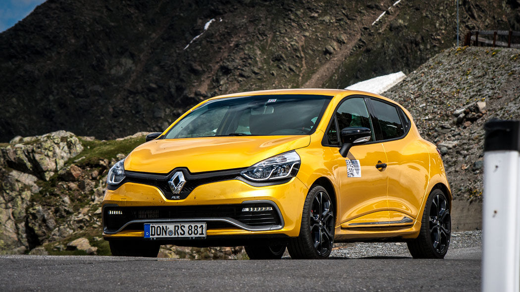 der hipsters neuer renault clio iv rs 200 edc im test passion driving. Black Bedroom Furniture Sets. Home Design Ideas