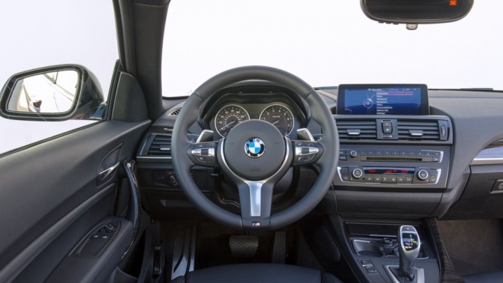 BMW M235i Interieur / Innenraum