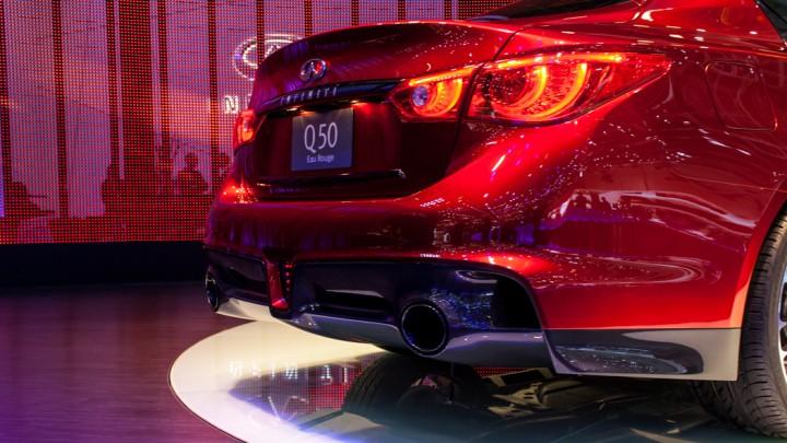 Infiniti Q50 Eau Rouge mit Nissan GT-R-Motor in Genf