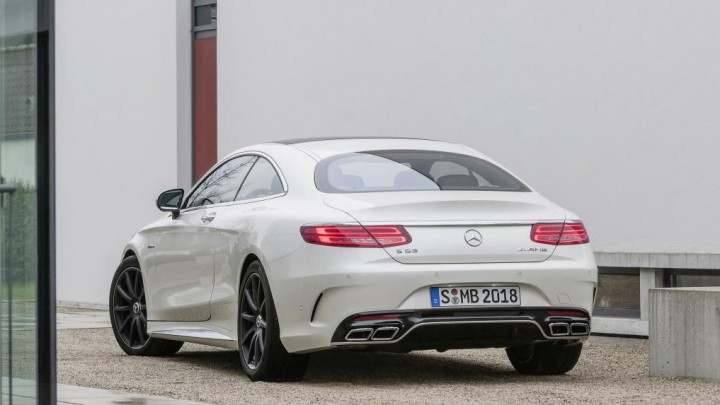 Mercedes-Benz S63 AMG Coupé