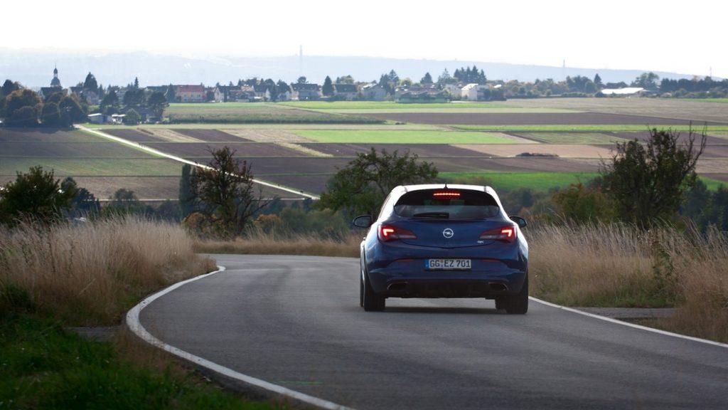 Opel Astra OPC - © Andy Wiezorek - https://www.flickr.com/photos/awiezorek/
