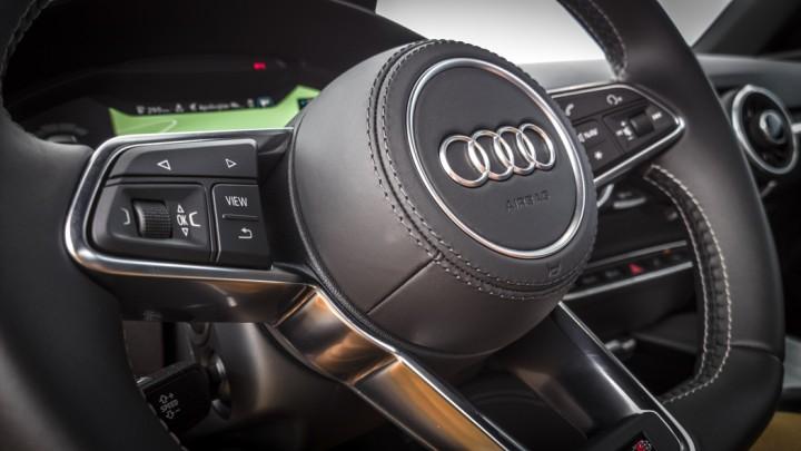 Audi TTS Coupé Lenkrad