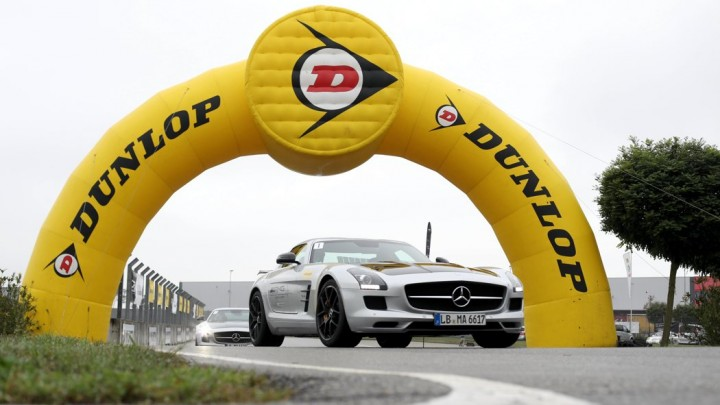 Dunlop AMG Driving Experience Mercedes-Benz SLS AMG GT Final Edition