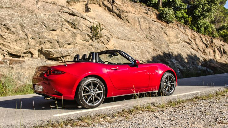 Mazda MX-5 ND Sports Line SkyActiv-G 160