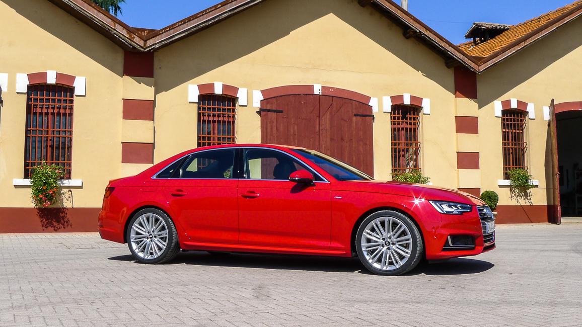 Im Vergleich Fahrbericht Des Neuen Audi A4 3 0 Tdi