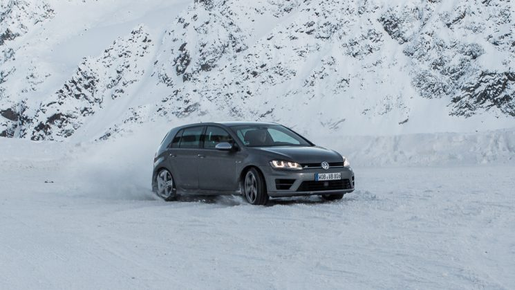 vw-golf-r-schnee-michelin-advertorial-0616