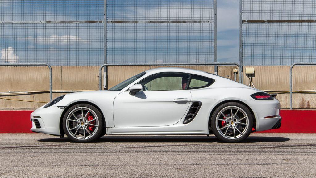 Porsche 718 Cayman S Carreraweiß Titelbild