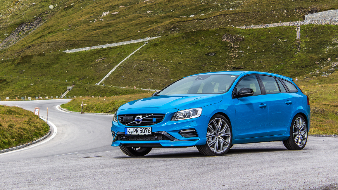elchfest volvo v60 polestar my 2017 im fahrbericht und ersteindruck passion driving. Black Bedroom Furniture Sets. Home Design Ideas