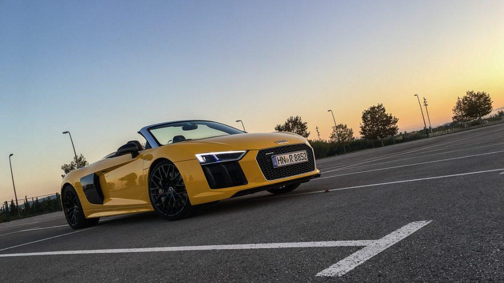 Audi R8 V10 Spyder Vegasgelb