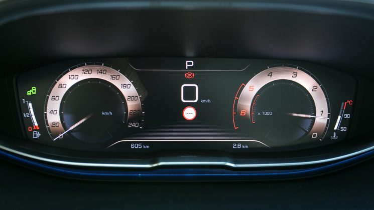 Peugeot 3008 Head Up Digital Cluster