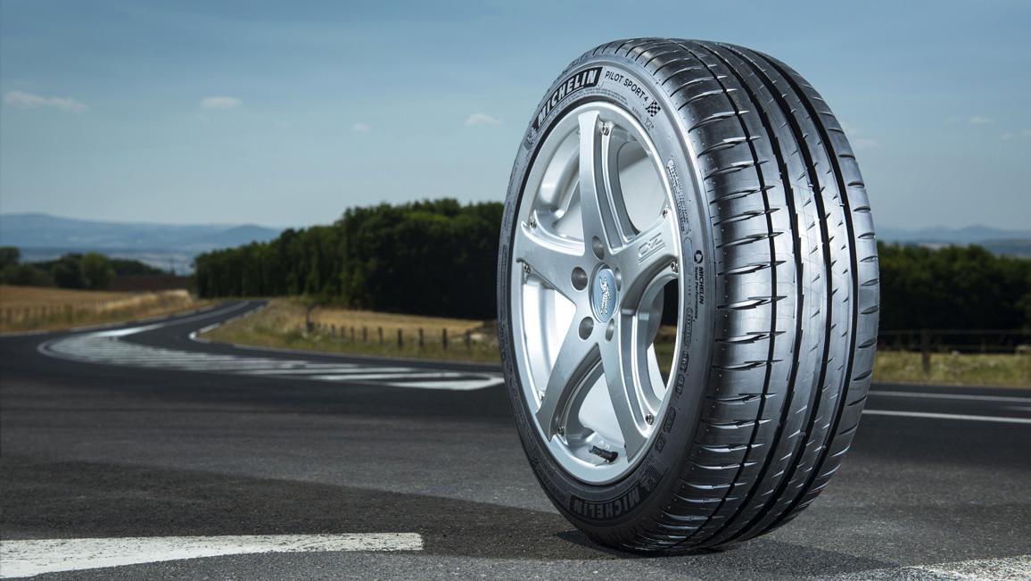 Michelin Pilot Sport 4 - Sportlicher Sommerreifen
