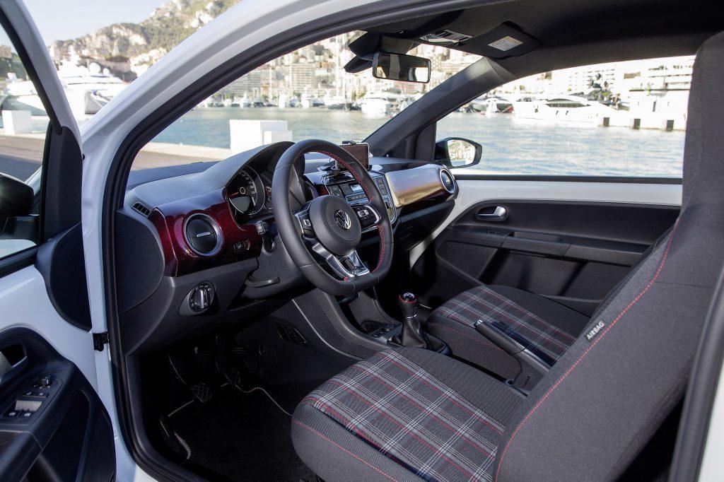Volkswagen up! GTI Innenraum