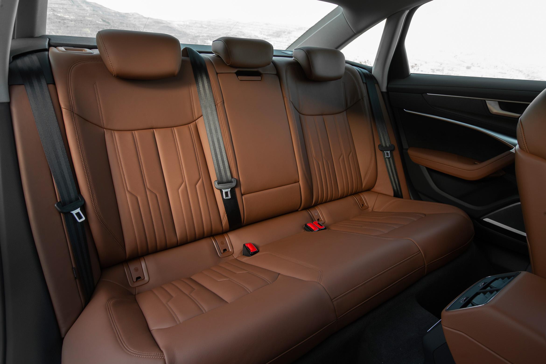Fond des Audi A6 (C8) 45 TDI quattro