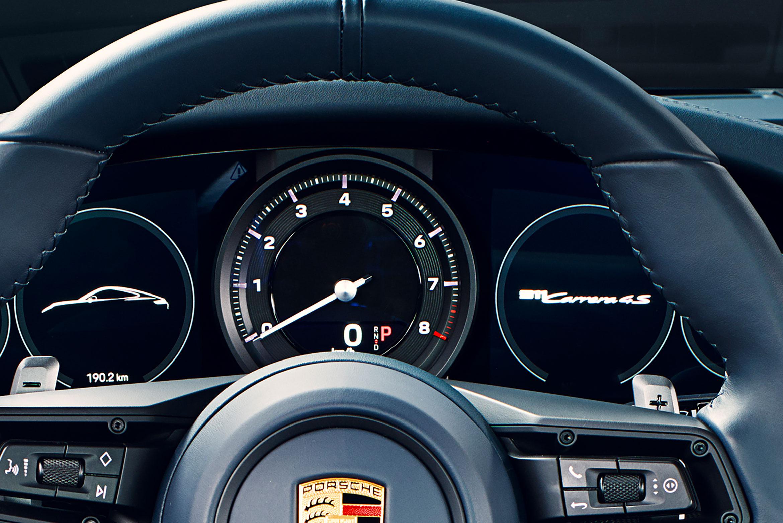 Porsche 911 992 Analoger Drehzahlmesser