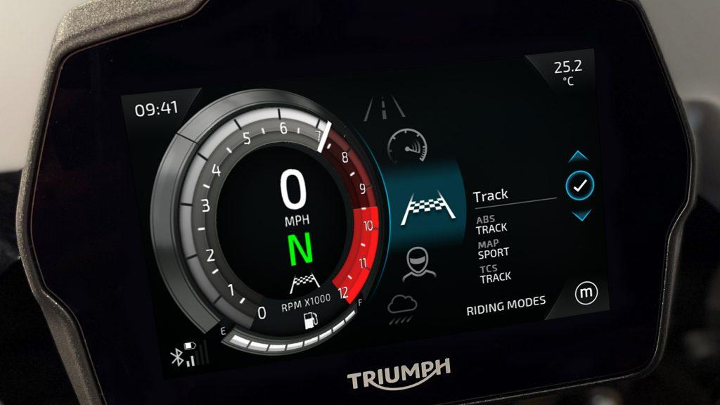 Fahrmodiauswahl im Speed Triple Cockpit